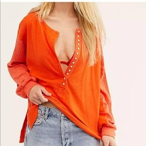 WE THE FREE THERMAL HENLEY SHIRT ORANGE SIZE S